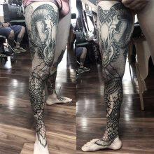 Simon Halpern Leg Tattoo