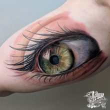Color Realism and Water Color tattoos by Robert Bennet artist @fleshdocto13 at 1 Point Tattoo