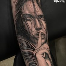 Vincent D. Samaniego Black and Grey Tattoo Artist