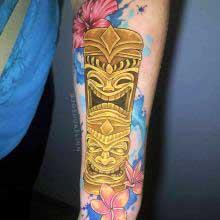 Josh Flinn tattoo of polynesian totem