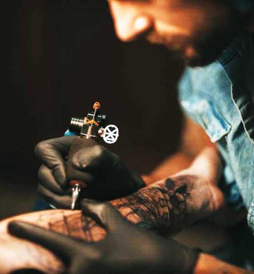 Judd bOwman tattoo artist