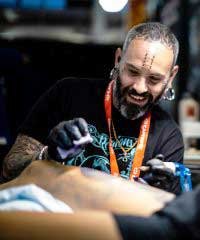 Rob Bennett tattoo artist
