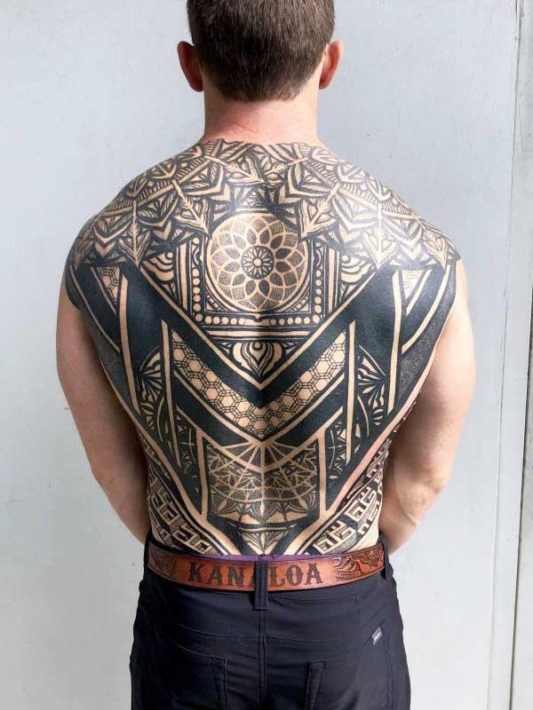 Simon Halpern full back tattoo